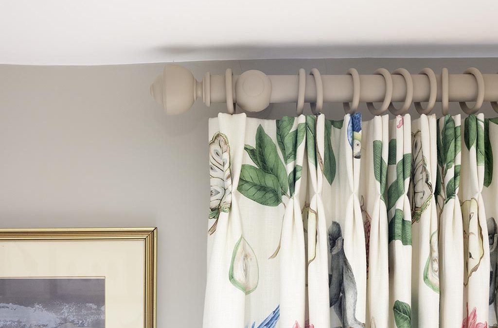 Make A Stunning Statement With Beautiful Roman Blinds In Your Home